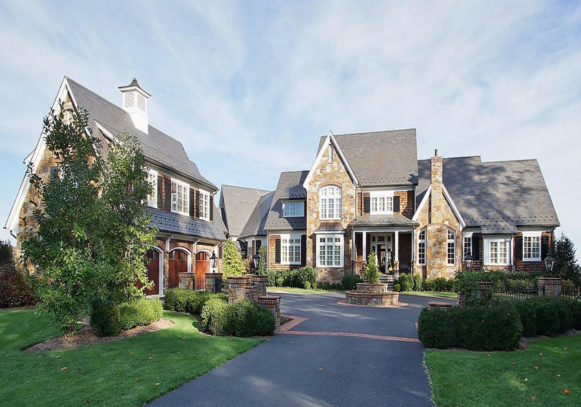 Penhook, VA  $9,995,0000